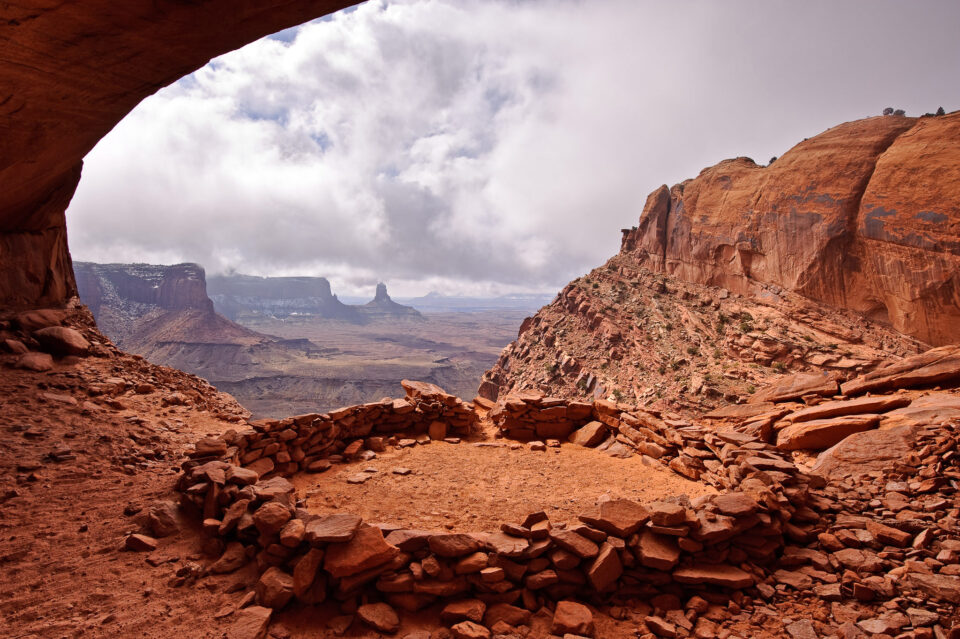 This image of False Kiva was captured with the Nikon D700 FX DSLR.