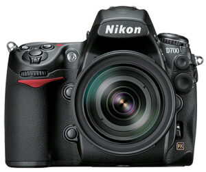 Nikon D700 price drops $500, now $2,199