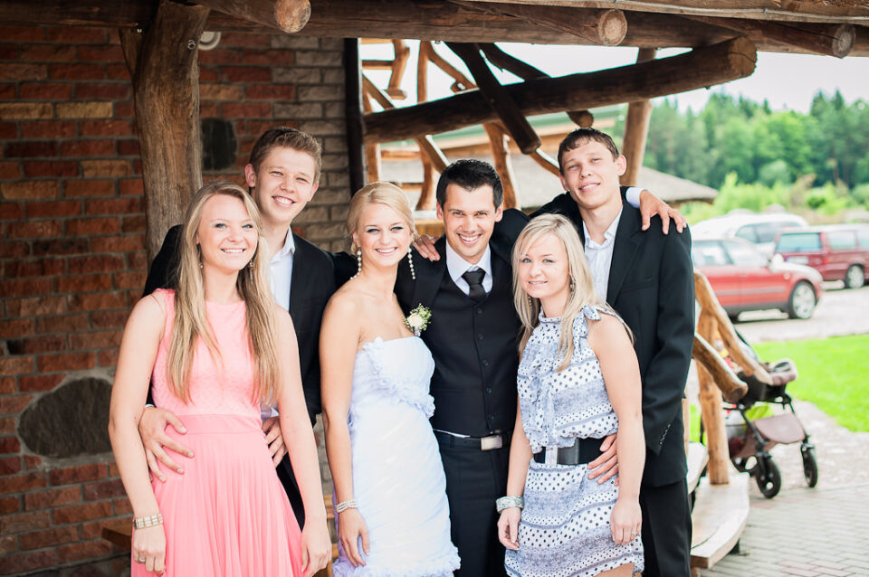 Family and Friend Portraits on Weddings