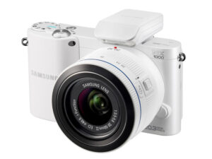 Samsung Renews Mirrorless NX Camera System