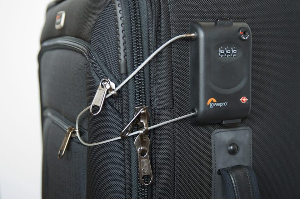 Cable lock for Lowepro Pro Roller