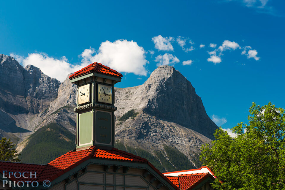 Downtown-Canmore-Clock-&-Mountains