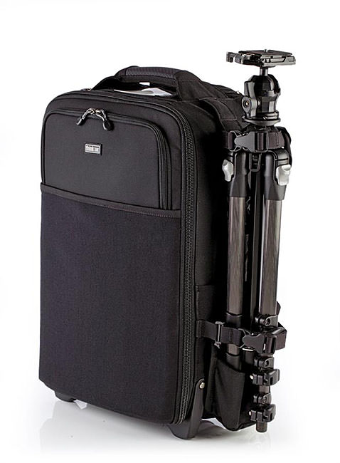 Feature-Airport-International-V-20-Rolling-Camera-Bag-12