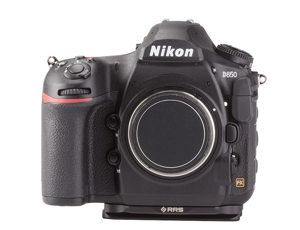 Nikon D850 with RRS Plate