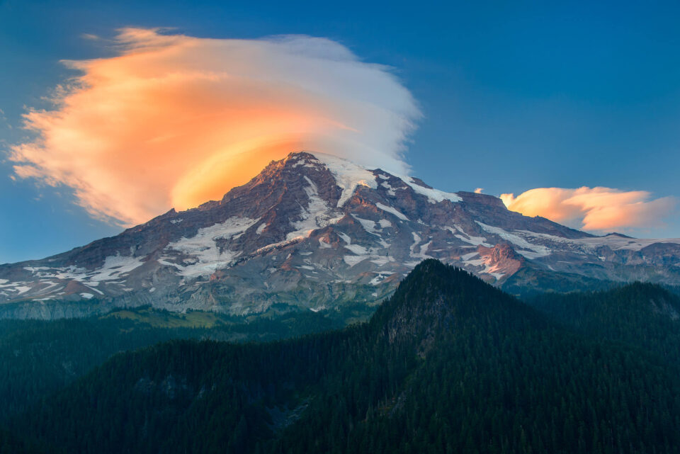 Mt Rainier with Lenticular Cloud over it. Here, Mt. Rainier is the primary subject I am trying to showcase. The lenticular cloud serves as a secondary or a supporting element.