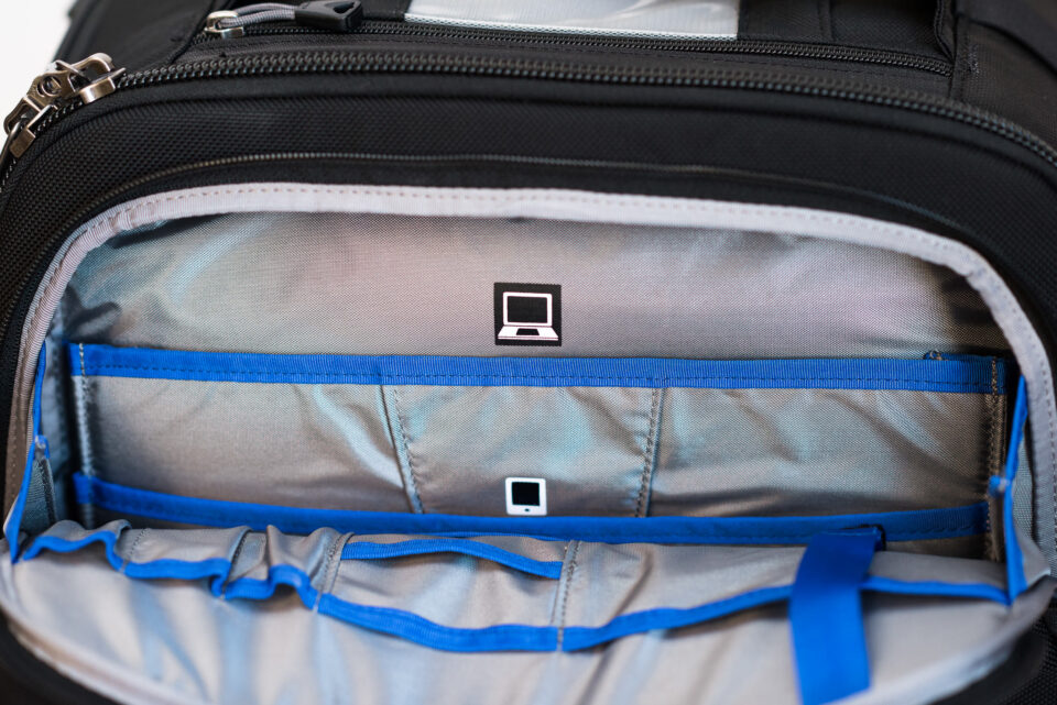 Think Tank Airport Roller Derby Camera Bag-4