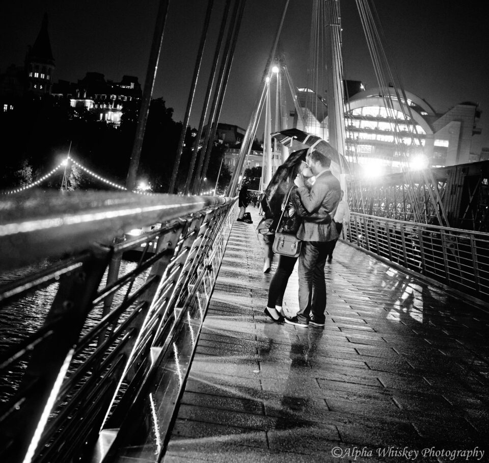 Charing Cross Kiss