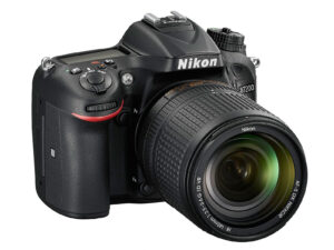 Nikon D7200 Front Right
