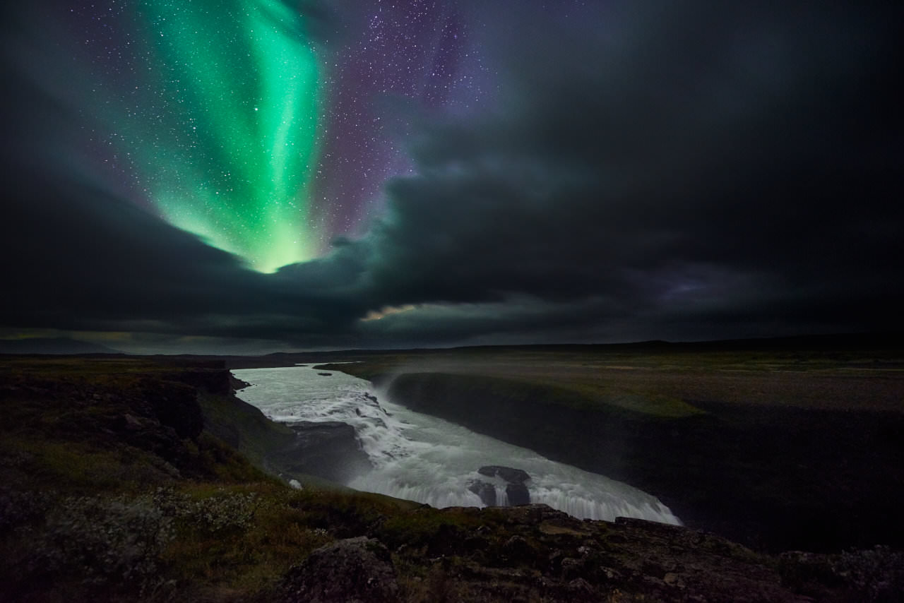 2) When To Photograph The Northern Lights