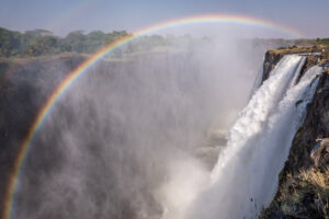 Vic-Falls-and-Devils-Pool-landscape