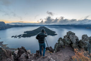 Crater-lake-dawn1