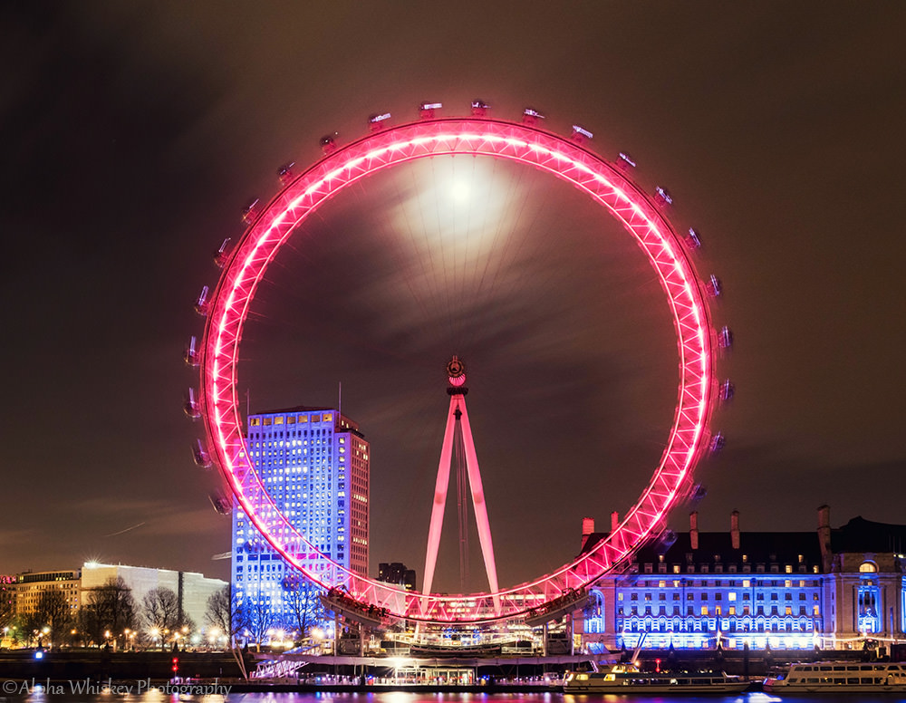 Moon In The London Eye.