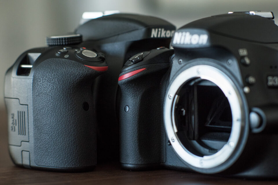 Nikon D3300 grip (left) compared to Nikon D3200 grip (right)