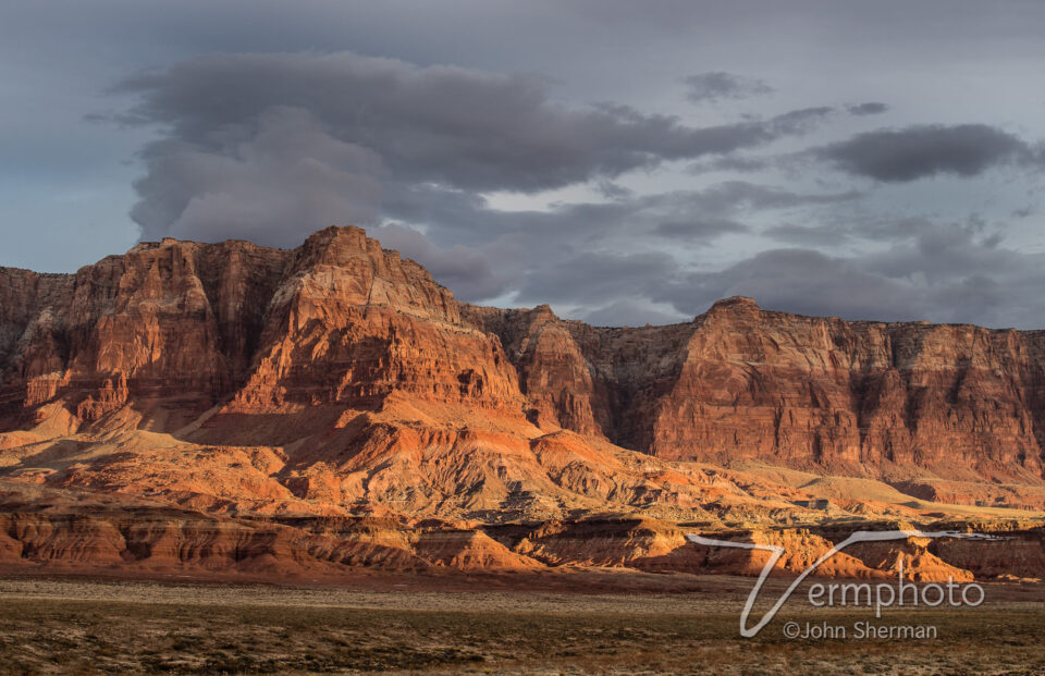 Verm-cloud-eruption-Vermilion-Cliffs-6031