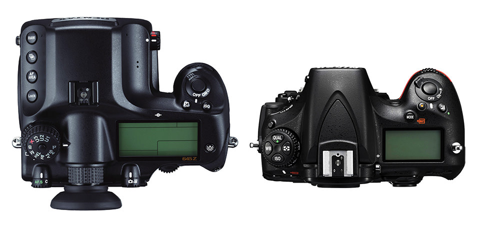 Pentax 645Z vs Nikon D810 Top