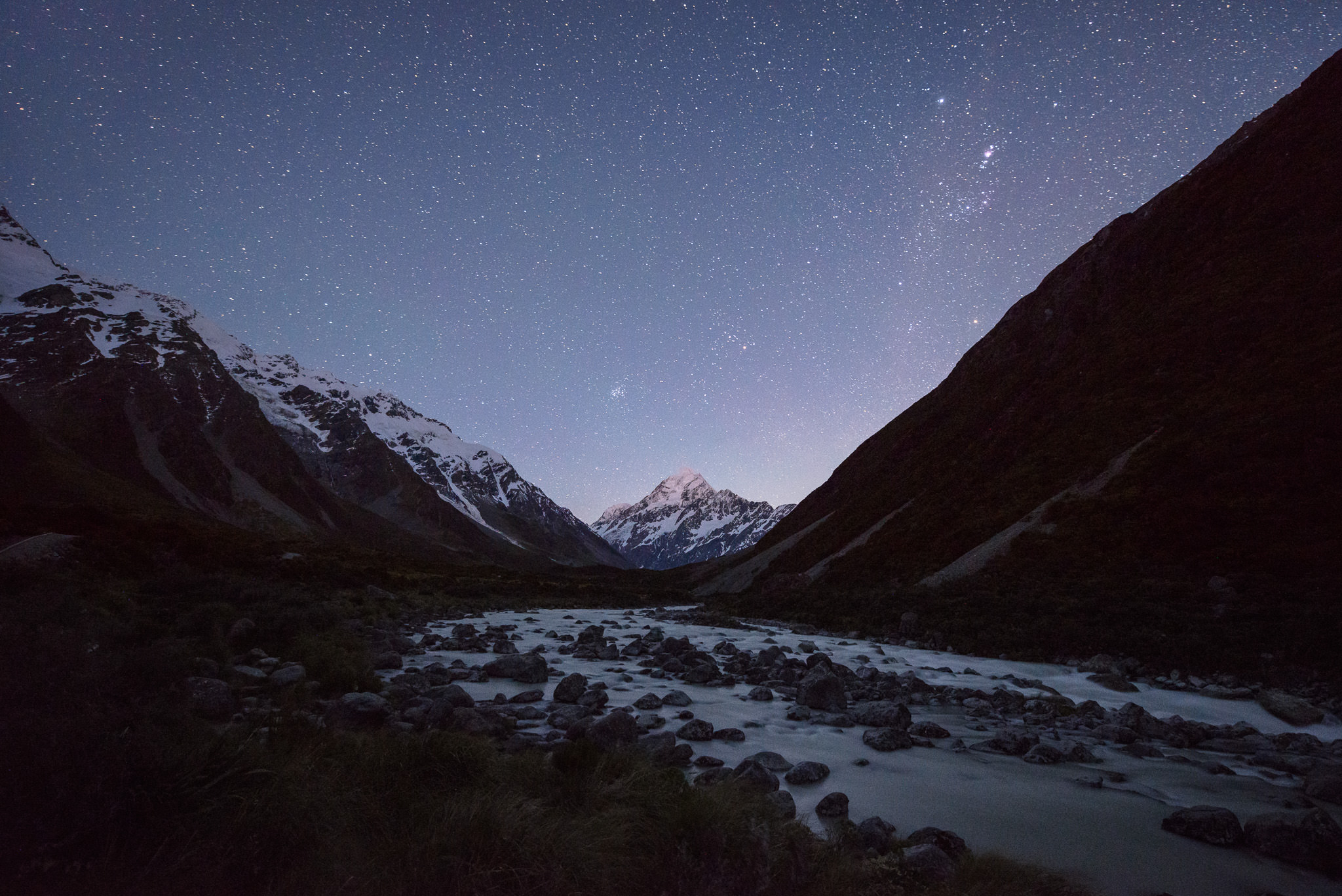What Makes a Good Night Photography Lens?