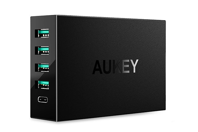 AUKEY 4 Port USB Charger