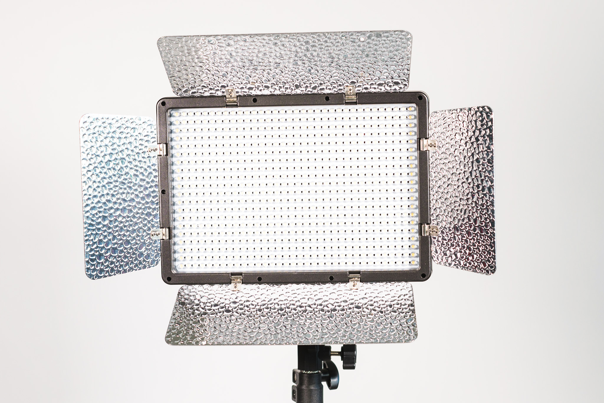 Genaray Escort Daylight Led Interview 3 Light Kit Review