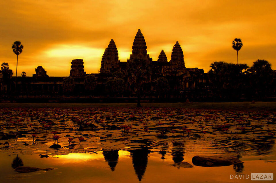 2. David-Lazar--Angkor-Wat-sunrise