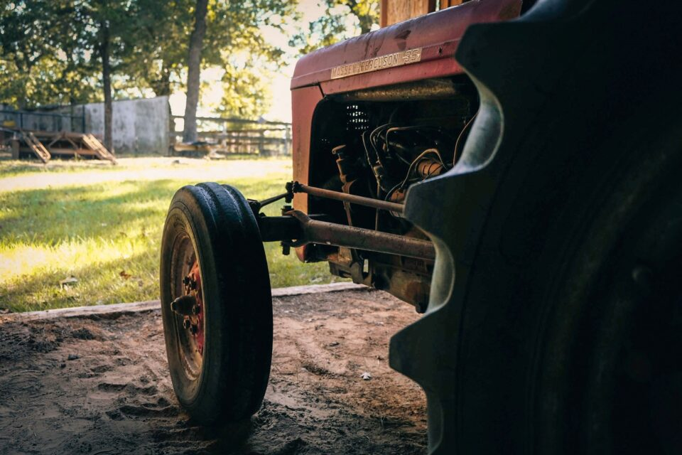 Dad's Old Tractor (2)
