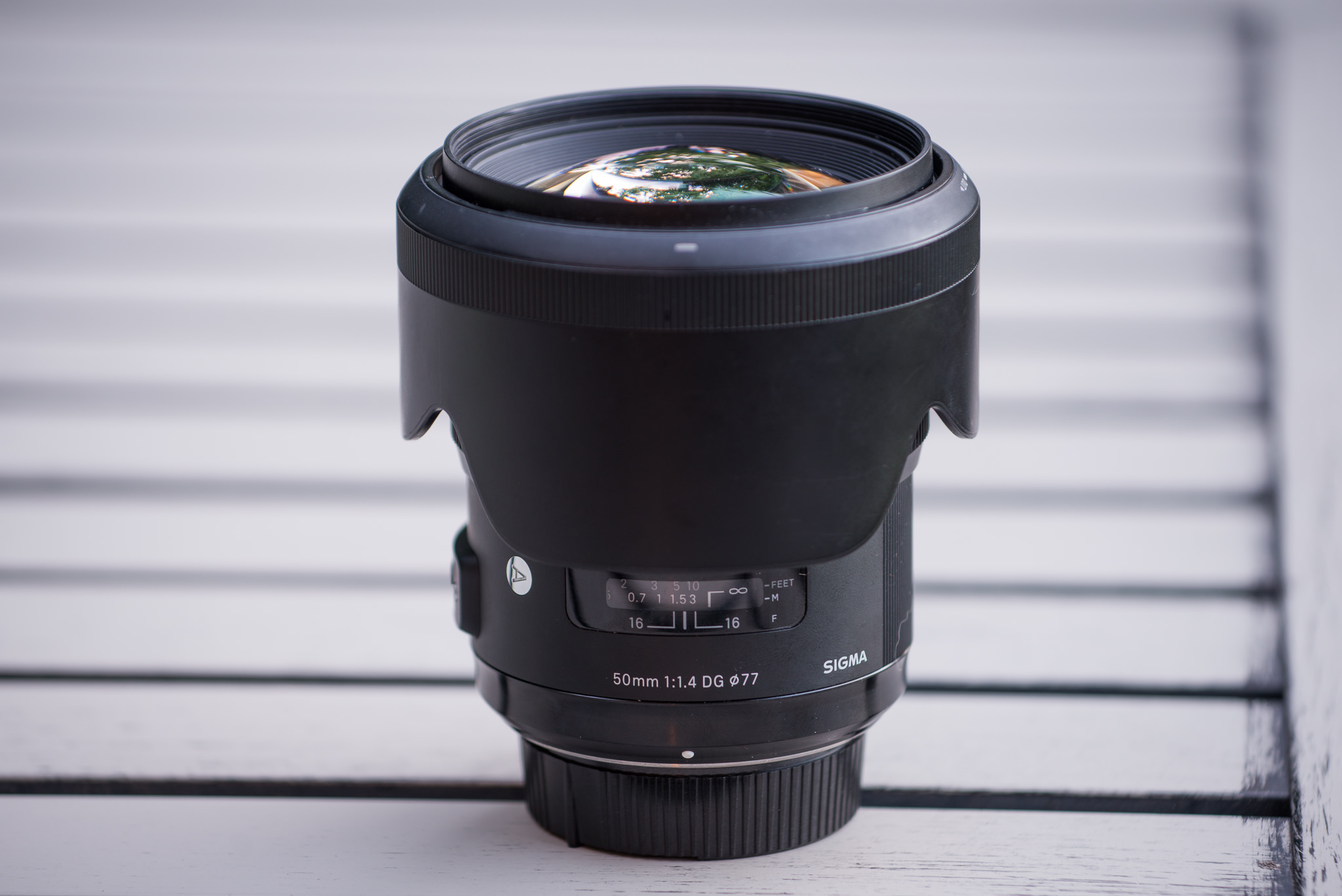5ee6e41243f8 Although that s a bit bulkier than the lens on its own