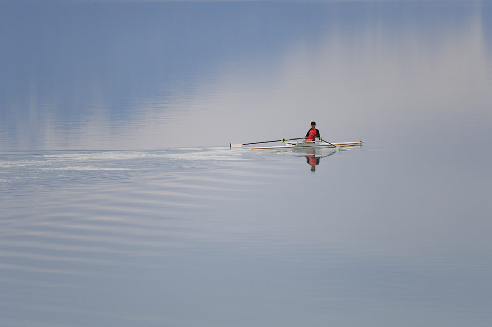 Nikon 500mm f5.6 sample image of kayak
