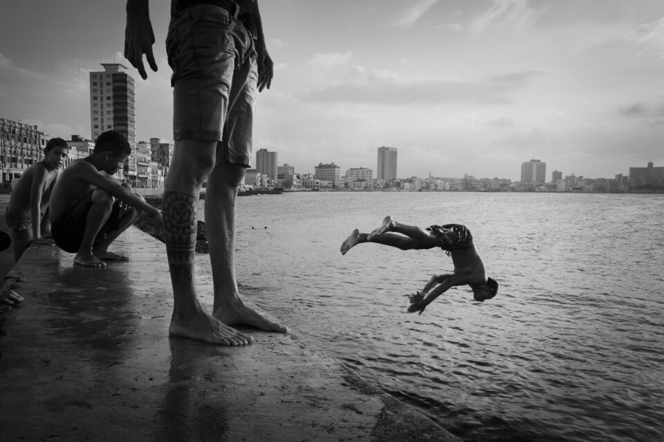 Cuba Water Jumpers