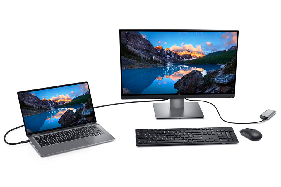 Dell UP2720Q Connected to Laptop